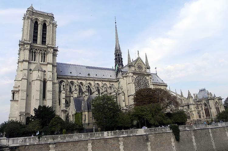 Paris tour Packages